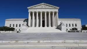 Photo of Corte Suprema de EE.UU. falla a favor de organización católica en caso de libertad religiosa