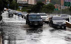 Photo of Las lluvias vuelven a demostrar que el sistema de drenaje de Caracas necesita mantenimiento y modernización