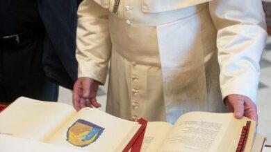 Photo of ¿Qué es la forma extraordinaria de la misa y qué fue exactamente lo que hizo el Papa que se habla tanto de ello?