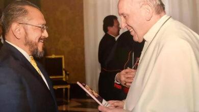 Photo of Secretario de la Pontificia Comisión para América Latina revela el secreto mejor guardado de la Iglesia