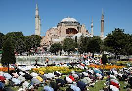 Photo of La UNESCO amenaza a Turquía con sacar a Santa Sofía del conjunto de Patrimonio de la Humanidad