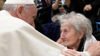 Photo of El Papa reza con los ancianos del mundo en la I jornada Mundial de abuelos y mayores