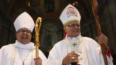 Photo of [VIDEO] Obispo de Mérida enfrentó a funcionarios que impidieron paso de ayuda humanitaria