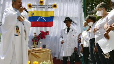 Photo of Reliquia de José Gregorio llenó de esperanza y alegría la Parte Alta de La Vega