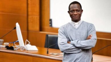Photo of Antoine, un sacerdote de Burkina Faso que ha vivido de cerca la importancia de los catequistas