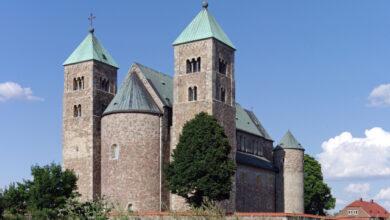Photo of Grupos y congregaciones desaparecen, pero la Iglesia permanece