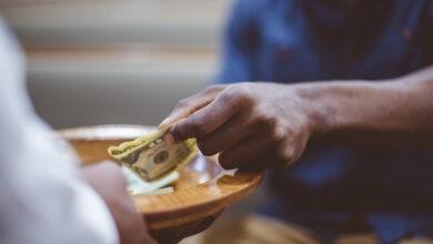 Photo of ¿Por qué la Iglesia pide dinero?