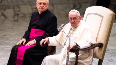 Photo of El Papa alerta sobre predicadores fundamentalistas