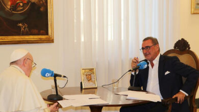 Photo of Francisco a Carlos Herrera: «¡No sé de dónde han sacado que yo iba a presentar mi renuncia!»