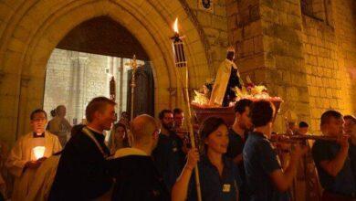 Photo of La Virgen y los santos siguen actuando en los santuarios: ¿cómo se toma nota de sus milagros?