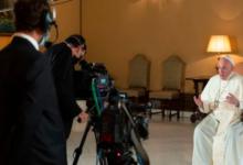 Photo of El Papa, en Netflix: «Es importante para el futuro de la Humanidad que los jóvenes hablen con los viejos»