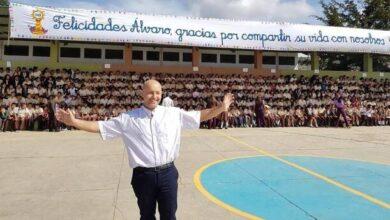 Photo of Álvaro Ramos, de tiburón de las finanzas a cura misionero en Honduras: «Vale más que la empresa»
